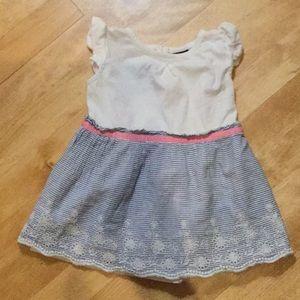 Sweet baby gap dress size 12-18 M